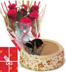 send Butterscotch Cake Half Kg with Red Roses bunch Combo delivery
