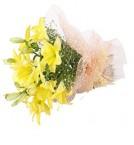 send 4 Lilies Bouquet delivery