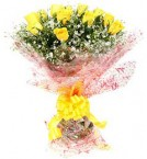 send Fresh Floral Greeting Bunch Of 10 Yellow Roses delivery