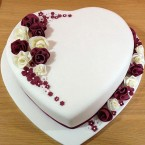 send 2Kg Divine Heart Shape cake delivery
