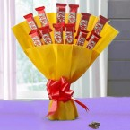 send 10 kitkat bouquet delivery
