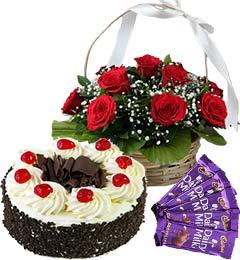 Half Kg Black Forest Cake Red Roses Basket n Chocolate