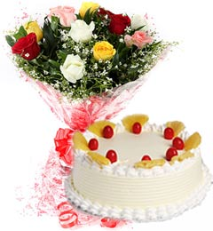 1Kg Eggless Pineapple Cake N Mix Roses Bouquet