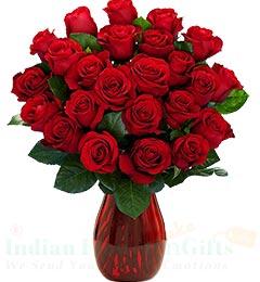 25 Red Roses vase