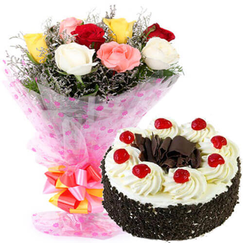 500gms Black Forest Cake with Mix Roses Bunch
