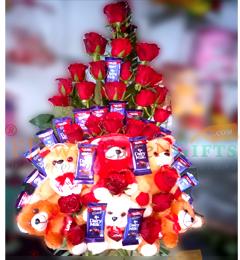 Designer Teddy Roses Chocolate Bouquet