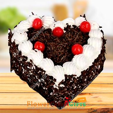 Half Kg Rich Heart Shape Blackforest Cake
