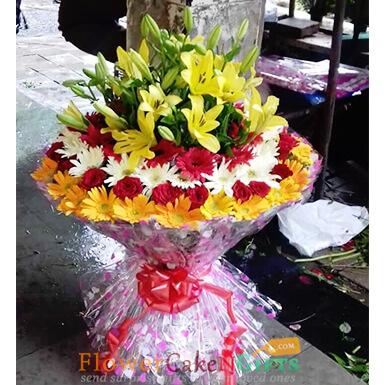 lilies roses gerberas bouquet